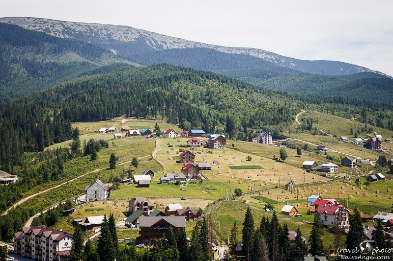 дома и сено,bukovel,summer,ukraine