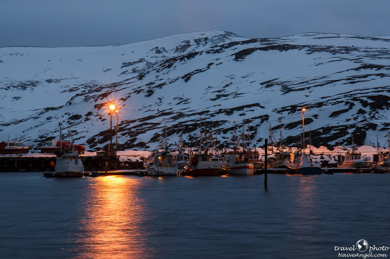 поселок Skarsvаg, winter night,ships,norway,nordkapp,scandinavia