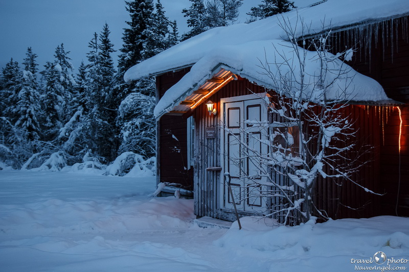 крыльцо дома,snow,winter,gallivare,sweden,scandinavia