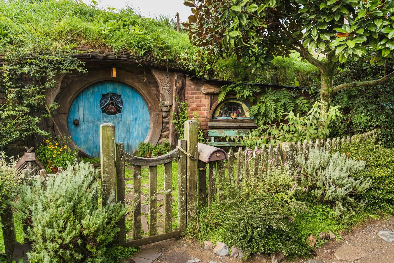 house entrance,The Hobbiton, The Shire,Хоббитшир, Удел, Хоббитания, Заселье, Край,Matamata, North Island ,New Zealand