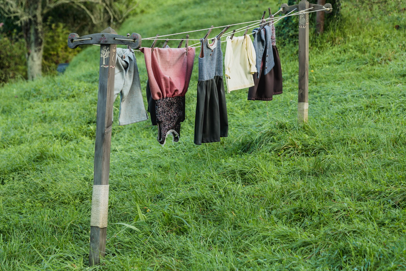 drying dresses,The Hobbiton, The Shire,Хоббитшир, Удел, Хоббитания, Заселье, Край,Matamata, North Island ,New Zealand