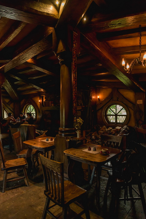 cafe,tables,The Hobbiton, The Shire,Хоббитшир, Удел, Хоббитания, Заселье, Край,Matamata, North Island ,New Zealand