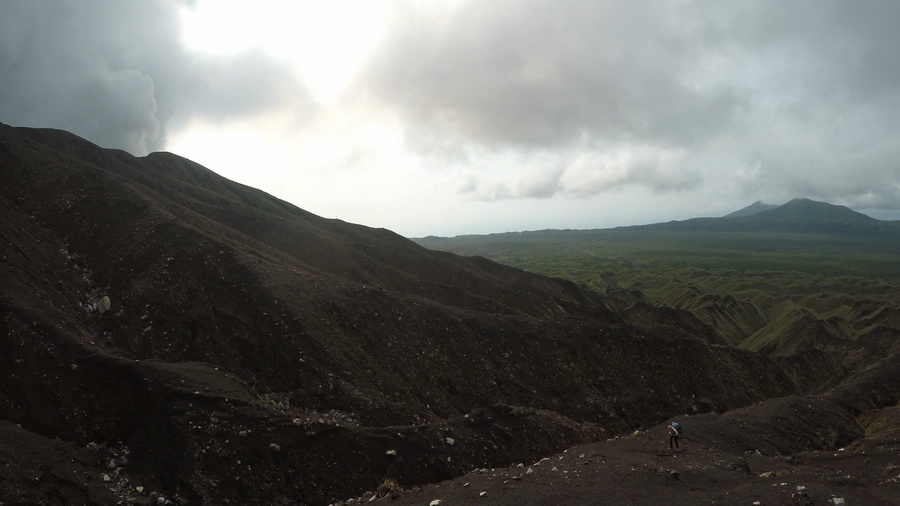 way up,marum, tourists,crater,volcano,Ambrym, Vanuatu